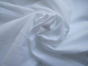 Polyester Microfiber Fabric Peach Finished white color 110 gsm
