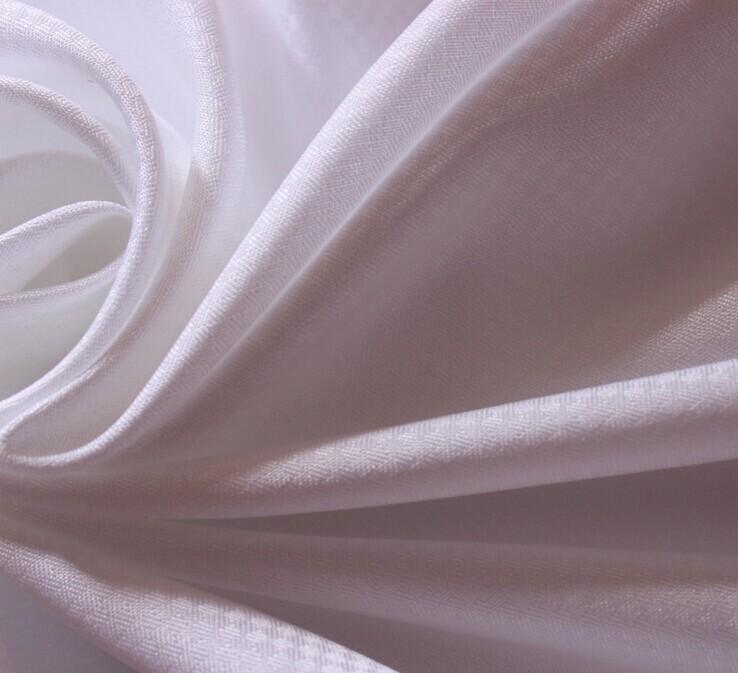 Polyester Mikrofaser Stoff Peach Fertige weiße Farbe 85 gsm